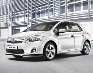 Книги по ремонту и эксплуатации Toyota Auris